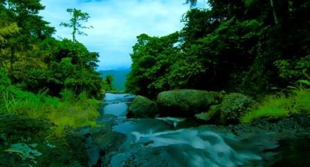 Air terjun Indo Ranuang