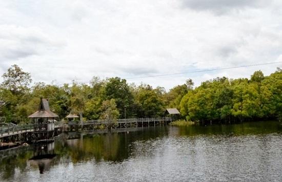 Danau Tahai, Tempat Romantis di Kalimantan Tengah