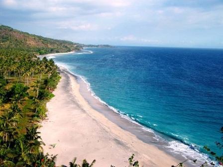 pantai malimbu tempat wisata di pulau lombok