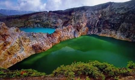 Danau Kelimutu Tempat Wisata di Nusa Tenggara Timur