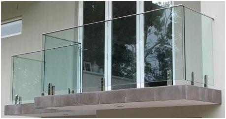 railing dari kaca