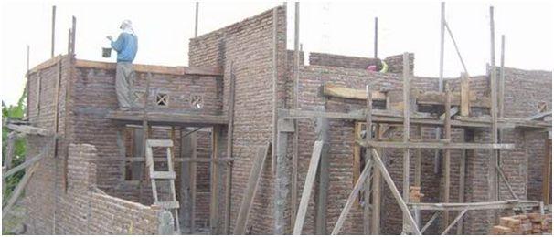 pekerjaan pembangunan rumah