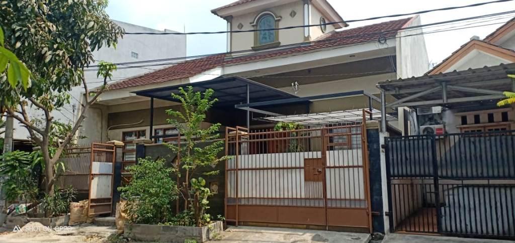 rumah di villa tomang baru